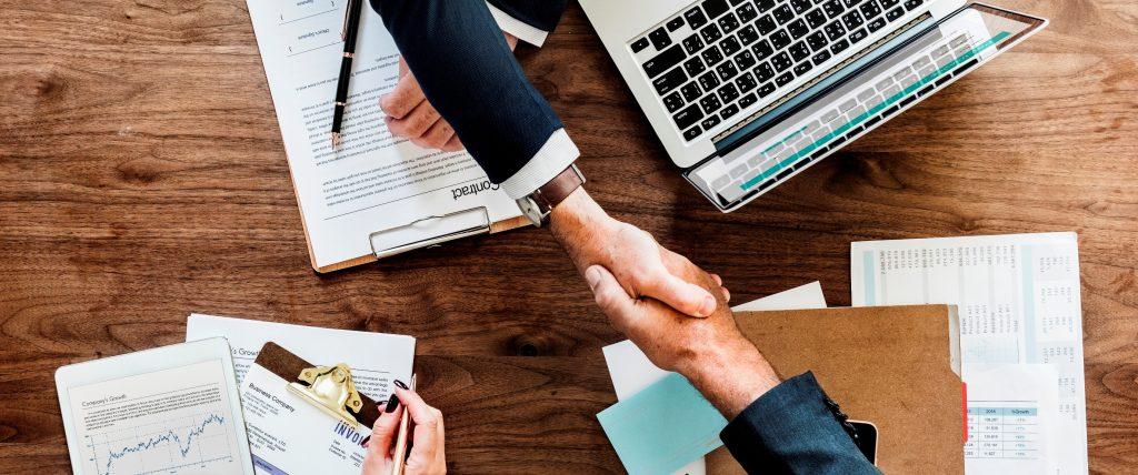 Los 10 consejos de un CEO a un CFO, el decálogo ideado por la máxima  gerencia ? IDEA